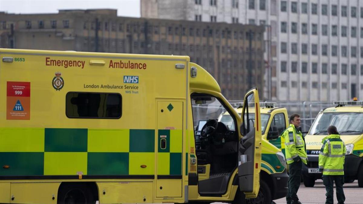 Muere un joven británico de 19 años de sepsis tras llamar 25 veces a su médico de cabecera para pedir cita