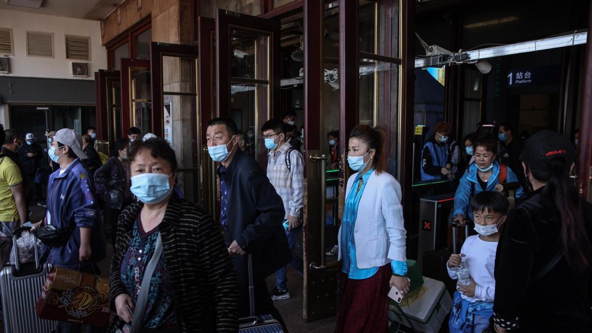 Un científico estadounidense descubre que China borró algunas de las primeras secuencias del coronavirus