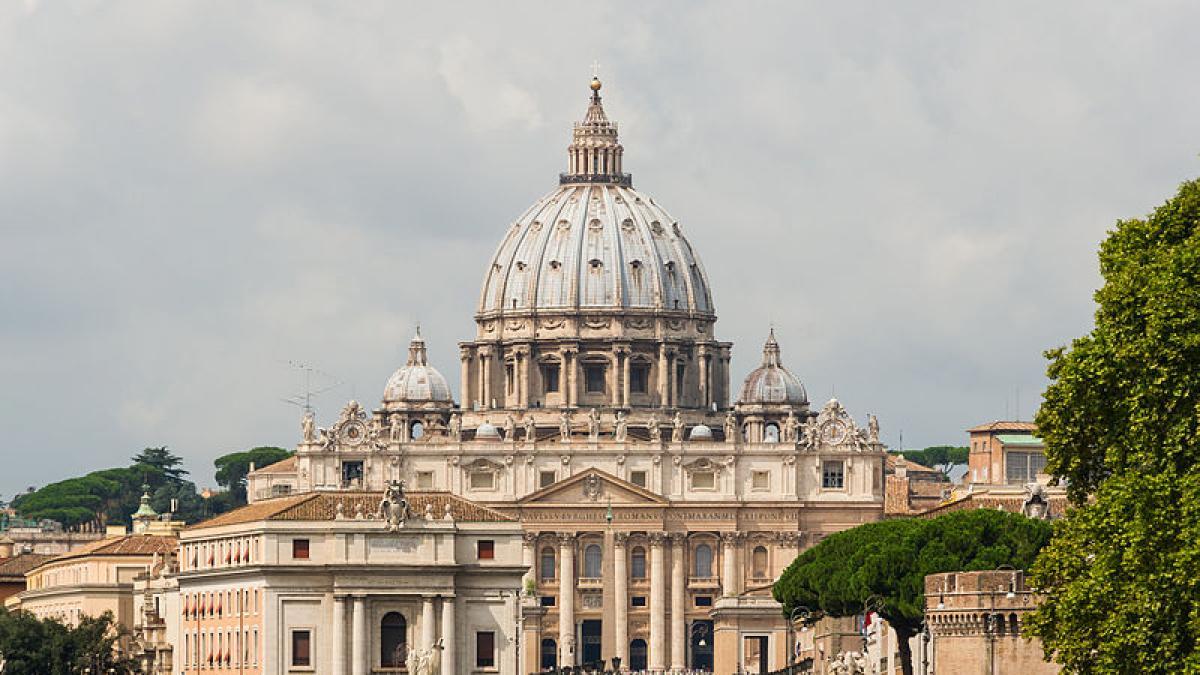El Vaticano abre el juicio contra el poderoso cardenal Angelo Becciu por supuestas irregularidades financieras
